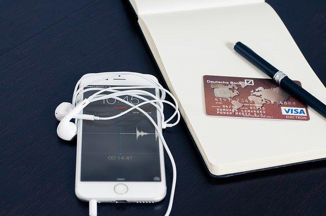 E-commerces dédiés à la nouvelle technologie : comment s'y retrouver avec cette multitude de choix ?